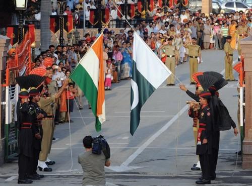 هل تقرع طبول الحرب من جديد بين باكستان والهند؟ (سيناريوهات ومخاوف)