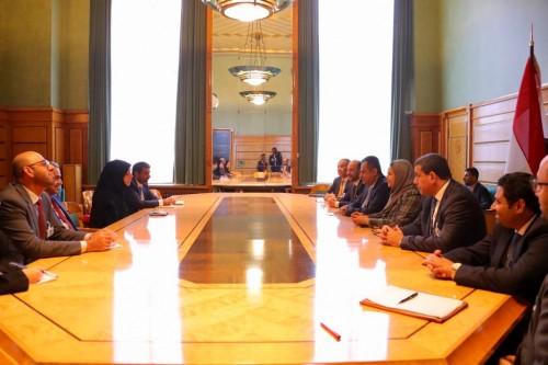 رئيس الوزراء يثمن الدعم الإماراتي لليمن في مختلف المجالات