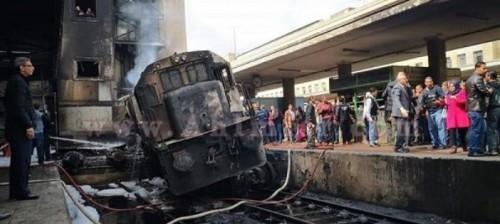 نجوم الفن ينعون ضحايا حادث قطار محطة مصر