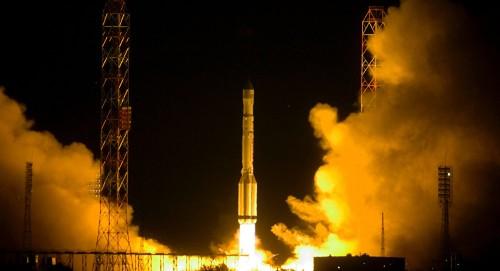 """إطلاق صاروخ """"سويوز أس تي بي"""" يحمل ستة أقمار اصطناعية بريطانية"""