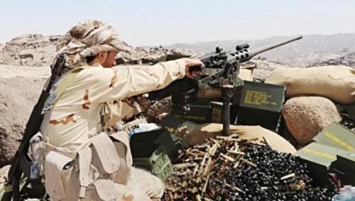 قبائل حجور تكبد الحوثي خسائر جديدة وتسيطر على معسكر إستراتيجي في كُشَر
