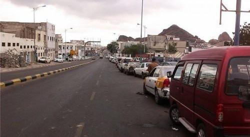 انعدام الوقود في محطات عدن وأنباء عن ارتفاع هائل للأسعار (تفاصيل)