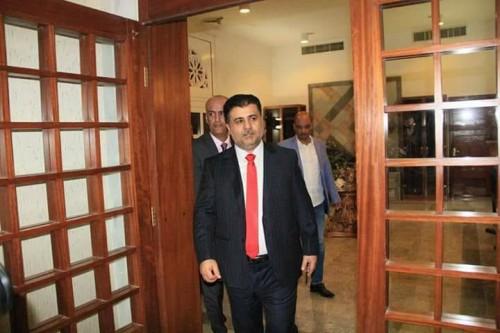 إعلاميون وسياسيون جنوبيون يطلقون حملةً لكشف فساد أحمد العيسى