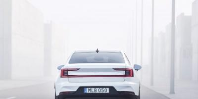 """فولفو تكشف عن سيارة """"بولستر 2"""" الكهربائية الجديدة (صور)"""
