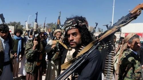 ميلشيات الحوثي تقصف تجمعات مدنية في مناطق حجور بحجة