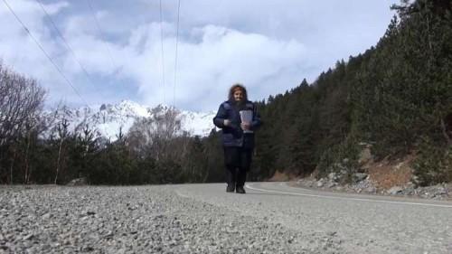 لعشقها العمل.. روسية في الثمانينيات  تقطع 30 كيلو لتوصيل البريد