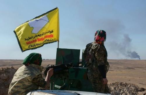 """وسط معارك ضارية.. """" سوريا الديمقراطية """" تتقدم كيلومتراً في آخر جيب لداعش"""