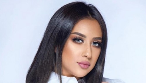 النجمة الكويتية فرح الهادي تحضر هذه الوصفة لجمهورها (تفاصيل)