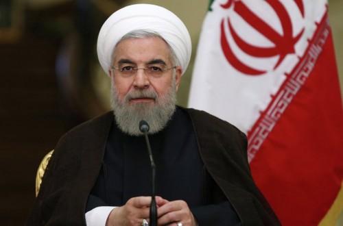 """"""" روحاني """" يشتكي برلمانياً اتهمه بالتجسس لصالح بريطانيا"""