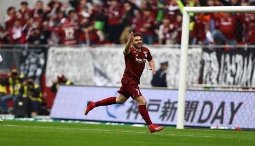 ديفيد فيا يسجل أول أهدافه في الدوري الياباني