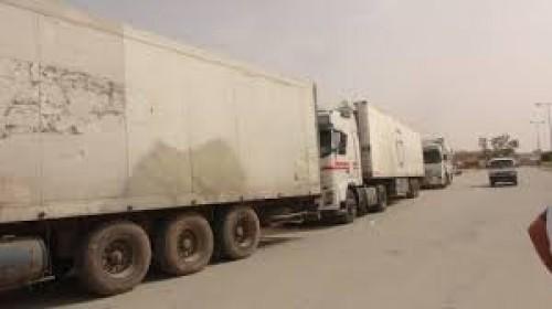 قرار جديد بتحديد أوقات مرور الشاحنات الكبيرة في عتق (وثيقة)