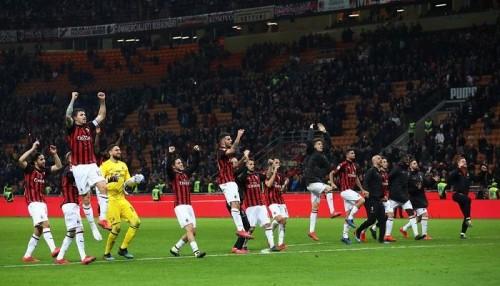 ميلان يواصل أداء الرائع في الدوري الإيطالي