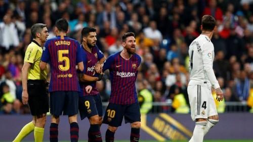 برشلونة يتقدم على ريال مدريد 1-0 في الشوط الأول