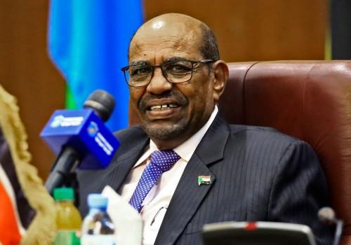 """تفاصيل أكاذيب الإعلام القطري بشأن السودان وإعداد خليفة لـ"""" البشير """""""