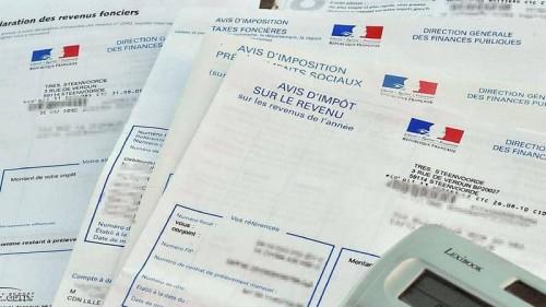 فرنسا تستهدف جني 500 مليون يورو من فرض ضرائب على شركات الإنترنت