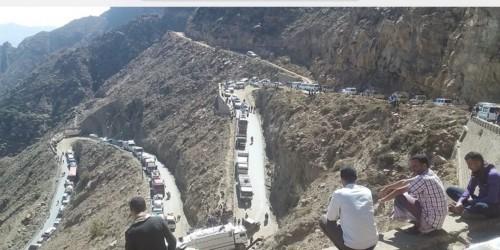 غلق طريق هيجة العبد الرابط بين لحج وتعز من اليوم الإثنين
