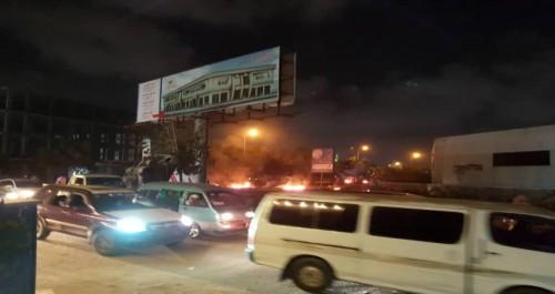 """احتجاجات في عدد من مديريات عدن عقب مقتل """"دنبع """" (تفاصيل)"""