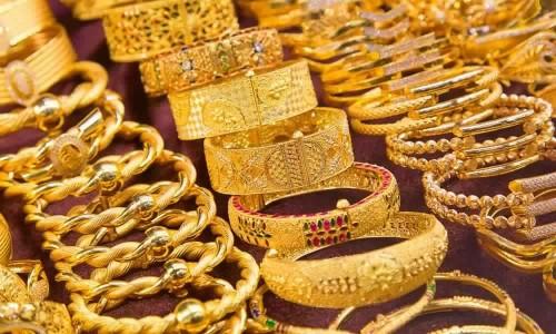 تعرف على أسعار سوق الذهب في ظل استقراره بالمنطقة الحمراء