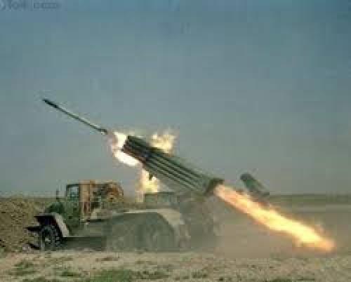 مجزرة حوثية في حجة.. المليشيات تقصف المدنيين بصواريخ أرض أرض