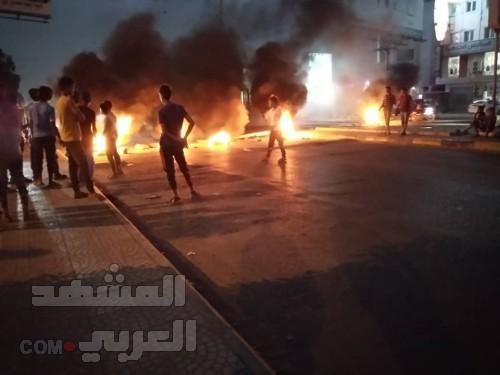 """تصاعد الاحتجاجات في المنصورة وإغلاق الشوارع الرئيسية للمطالبة بالكشف عن قتلة """"دنبع""""  (صور)"""