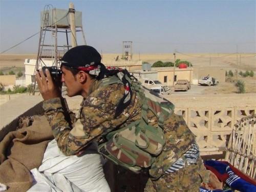 قوات سوريا الديمقراطية تحبط محاولة هروب 400 داعشياً شرقي سوريا