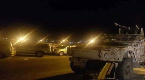تفاصيل .. اشتباكات بين قوات الحزام الأمني ومسلحين في مدينة خور مكسر بعدن