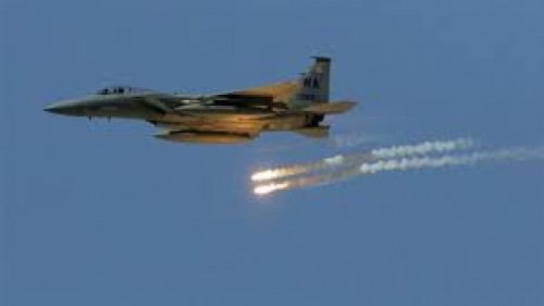مقتل 30 شخصا في غارات للتحالف على تعزيزات للحوثي في حجة