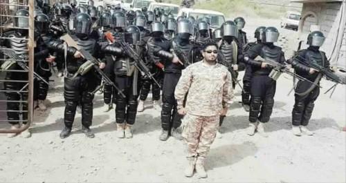 قائد مكافحة الإرهاب بعدن يبدي استعداده لتسليم المتطورين في مقتل دمبع