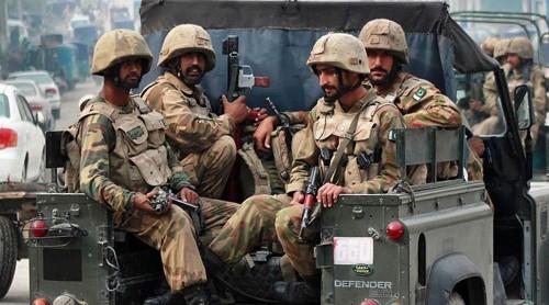 باكستان تشن حملة أمنية مكثفة على المتشددين