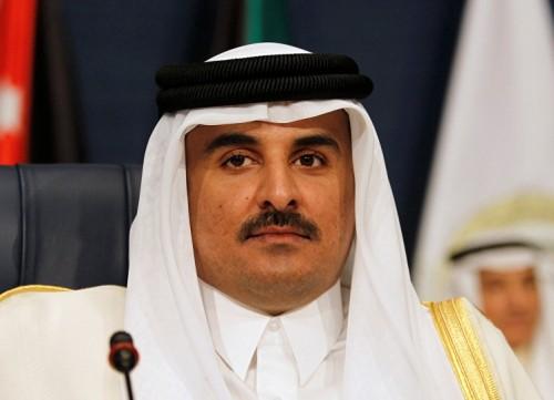 """زوجة حفيد مؤسس قطر تفضح انتهاكات """" الحمدين """" ضده بالسجن"""