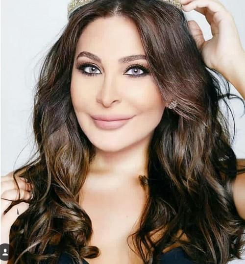 اللبنانية إليسا تنشر صورة نادرة مع هذا الصديق
