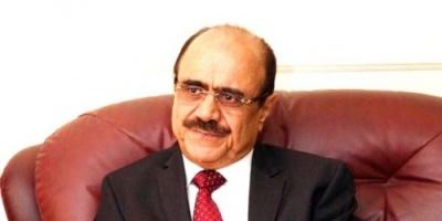 علي العمراني.. سفير الشرعية في الأردن يتطاول على الجنوب ويتجاهل الحوثي!