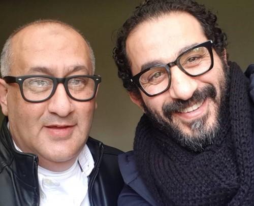 """""""شبه بعض في النظارة"""".. أحمد حلمي يشارك جمهوره بصوره أخيه"""