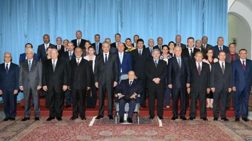 وزراء جزائريون يعلقون نشاطات رسمية بشكل مفاجئ (تفاصيل)