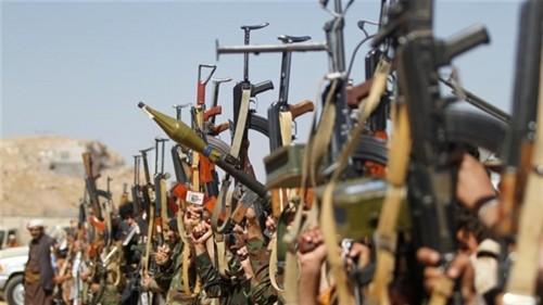 مليشيات الحوثي تستحدث ثكنات عسكرية في عدد من حارات وأحياء الحديدة