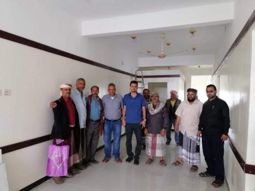 الهلال الإماراتي يتسلم عمل الصيانة بمركز الزهراء في يافع