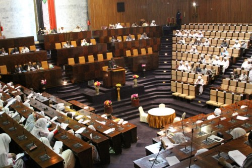 البرلمان السوداني يقلص مدة حالة الطوارئ إلى 6 أشهر