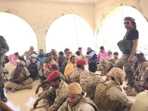 العولقي يناقش الأوضاع الأمنية في عدن مع عدد من القيادات العسكرية