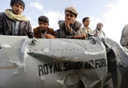 صناعة التطرف.. الحوثيون يدمرون الهوية اليمنية (فيديو)