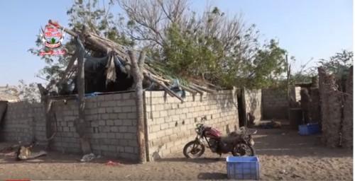 إصابة امرأة وطفليها بعد قصف حوثي عنيف على منازل المواطنين في الجبلية (فيديو)