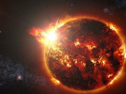 """علماء """"ناسا"""" يحذرون من انفجار قوي على سطح الشمس (صور)"""