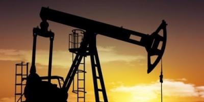 """ارتفاع أسعار النفط وسط دعم """"أوبك"""" لتقليل الإنتاج"""