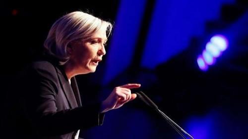 التجمع الوطني الفرنسي يدعو الحكومة للتوقف عن منح الجزائريين تأشيرات دخول