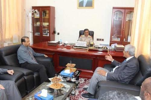 لقاء هام بين محافظ حضرموت ووفد شركة مستشفى الملك فيصل التخصصي