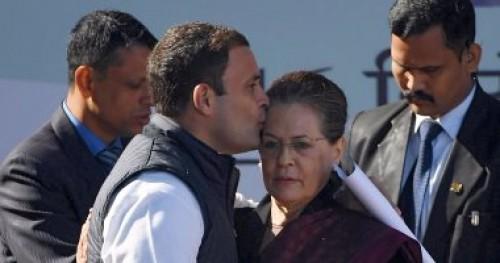 حزب معارض هندي يخصص ثلث وظائف الحكومة الاتحادية للنساء قبل الانتخابات