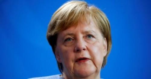 ميركل: تأجيل خروج بريطانيا من الاتحاد حتى نهاية يونيو أمرا سهلا