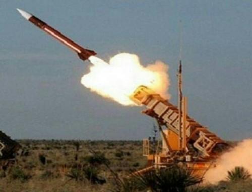 عاجل ..قوات التحالف تسقط طائرة حوثية مسيرة بالحديدة