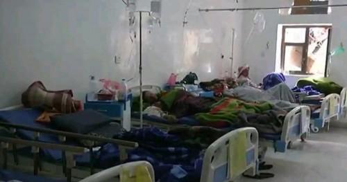 """حربٌ حوثية على صحة السكان.. """"الكوليرا"""" تغزو محافظة جديدة"""