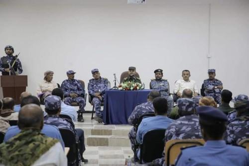 ترقية 85 ضابط من كوادر أمن ساحل حضرموت (صور)