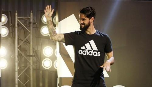 إيسكو يعلن موقفه من عودة زيدان لتدريب ريال مدريد